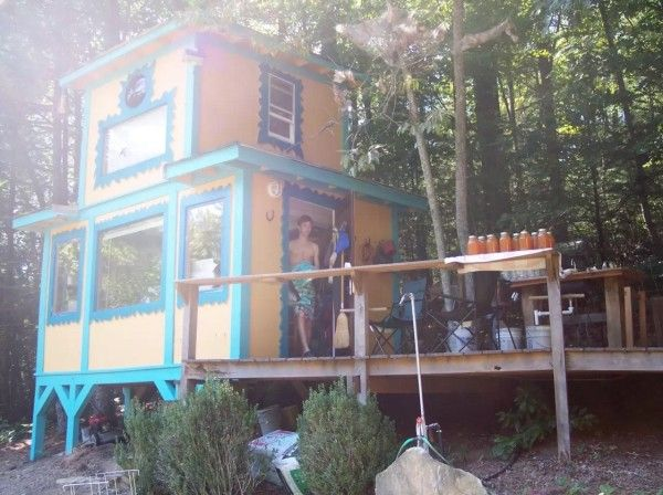 Tiny TreeHouse Cottage in the Woods 001 (rent for oly $49.00 night) NC