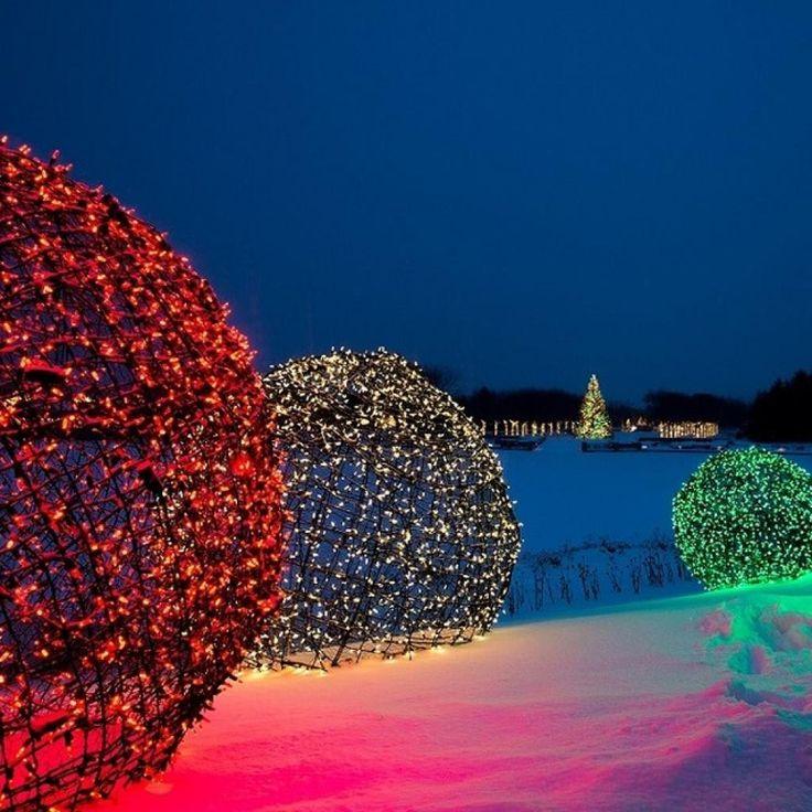 Comment fabriquer des boules géantes de lumières pour décorer l'extérieur! - Décorations - Trucs et Bricolages