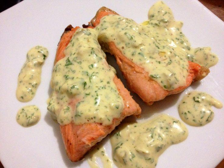 Fried salmon with tartar sauce