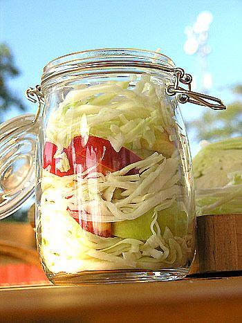 Kapusta kiszona z jabłkami