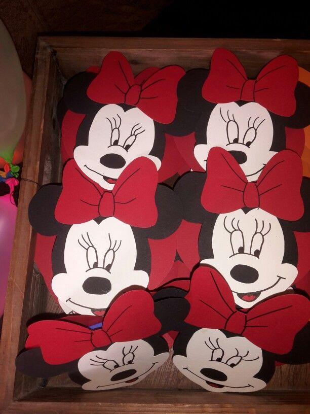 Minnie mouse traktatie met doosje rozijntjes er tussen