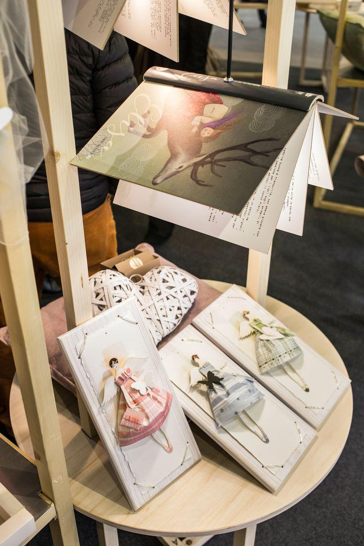 luce sugli angeli dipinti ad acquerello sulla meravigliosa carta Amartruda di Amalfi
