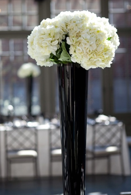 52 Best Images About Black Glass Vases On Pinterest Centerpieces Red And White Roses And