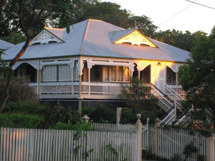 166 best images about classic queenslanders on pinterest for Classic queenslander house