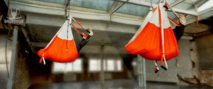 Yoga Aéreo  'Yoga Nidra Aérea' en suspensión, el último sistema para relajarse y descansar en el columpio de yoga, un método de Rafael Mart...#aero #aeroyoga #aerial #deporte #coaching #yoga #meditacion #pilates #aeropilates #fitness #aerialyoga #yogaaereo #pilatesaereo #health #wellness #argentina #mexico #colombia #venezuela #chile #peru #ecuador #us #canada #españa #france  #yoganidra  #bienestar  #yogaaereomexico