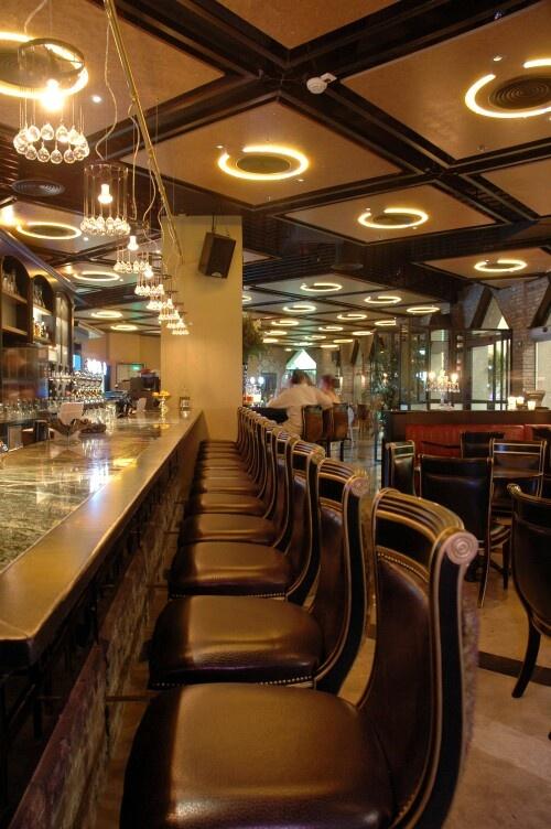 Best 25 eclectic restaurant ideas on pinterest eclectic for Eclectic restaurant