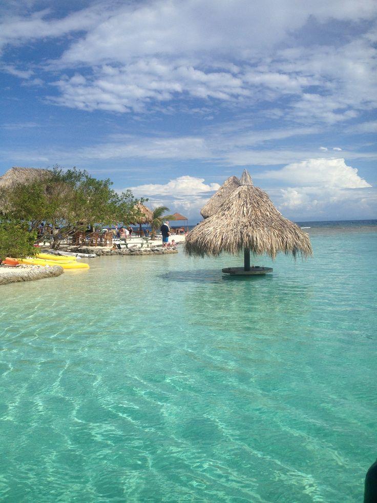 The Little French Keys, Roatan, Honduras. Beautiful water ...