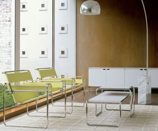 Florence Knoll Advocated That Both Manufacturers And Designers Should Consider All The Elements Of A Space