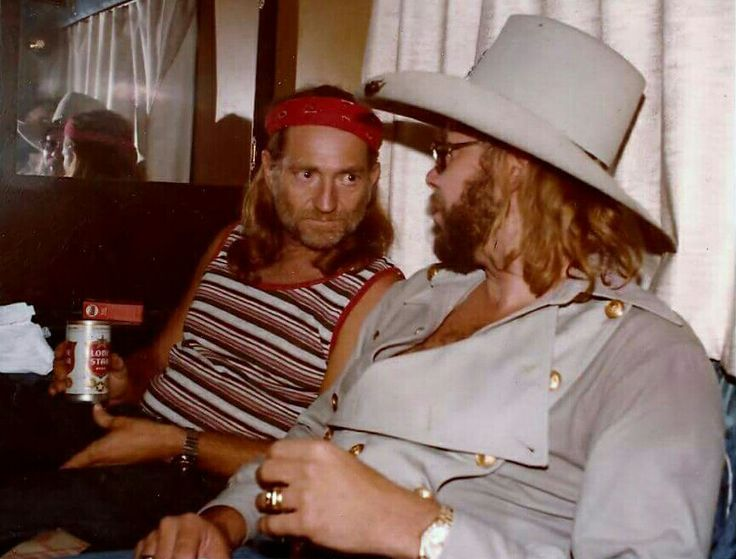 Hank Jr & Willie Nelson in Willie's bus
