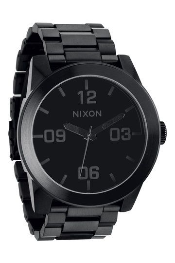 Blend into darkness with Nixon's all black Corporal SS watch. With a time piece as stealthy as this piece of arm candy, telling the time has never felt so inconspicuous.
