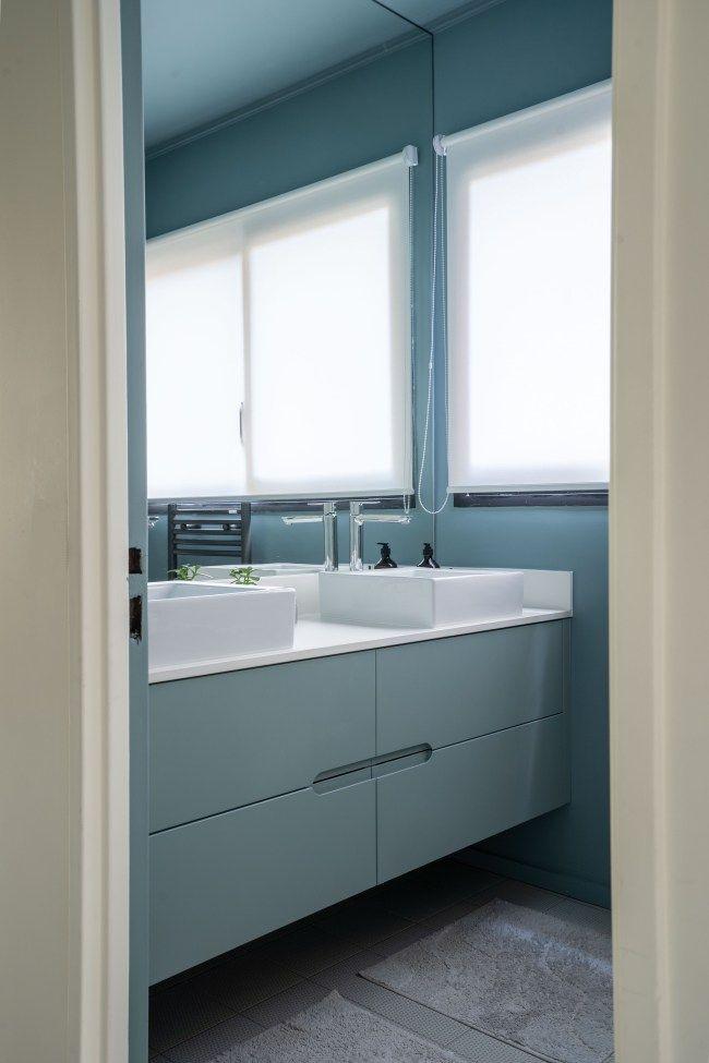Salle De Bain Bleu Meuble Sur Mesure Realisation Adeline Pithois Guillou Idee Salle De Bain Appartement Salle De Bain