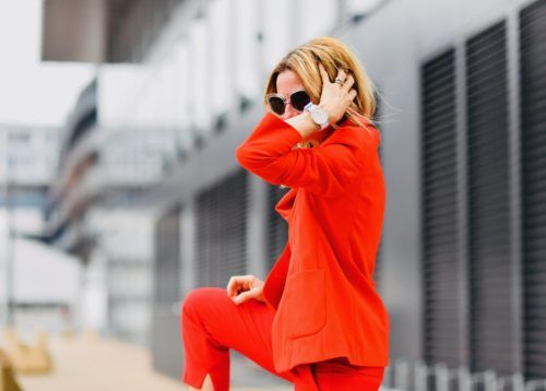 How to Successfully Style a Red Suit – Especially Over 40
