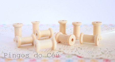 10 small wooden spools  crafts  embellishments by pingosdoceu