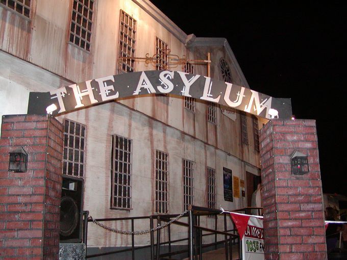 25+ best ideas about Insane asylum halloween on Pinterest ...