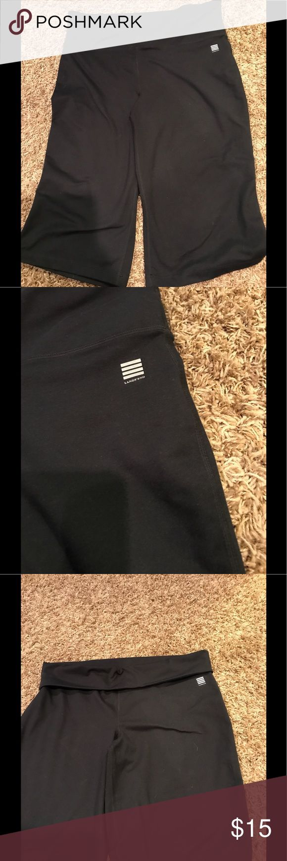Lands End Large (14/16) athletic Capri Pants Lands End athletic Capri Pants  Size large (14/16)  Pants are black and have a sporty fold over waist band  88% polyester And 12% spandex  Pants are in excellent like new condition lands End Pants Track Pants & Joggers