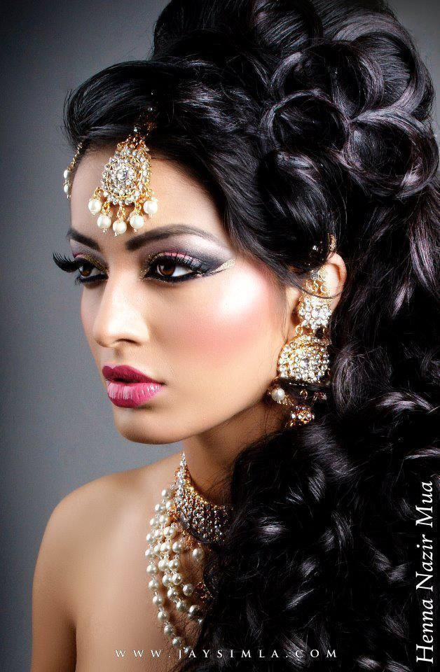 Indian Style Makeup And Hairstyle Looks For Brides Faces From Far