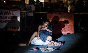 Harrowing images tell the story of more than 300 alleged drug dealers killed in summary executions by police in the Philippines. WARNING: Graphic content.