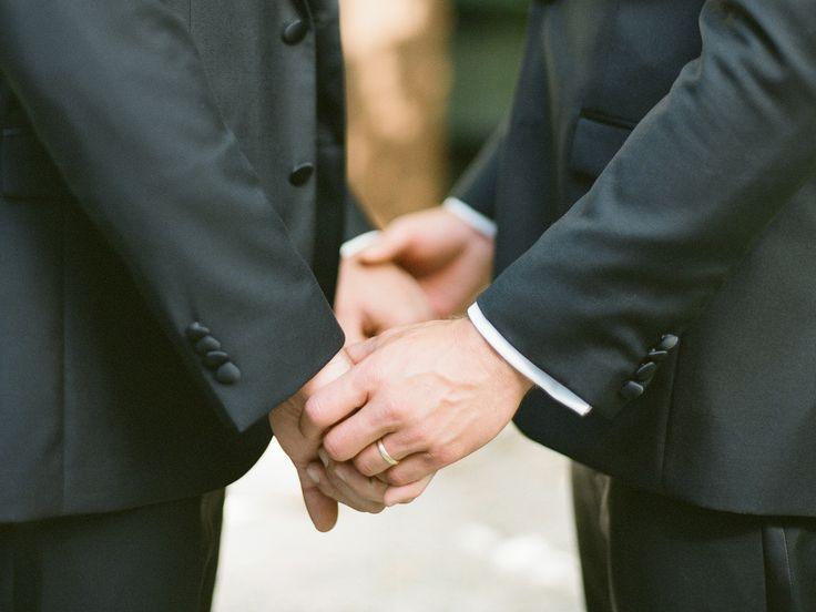 3 Same-Sex Wedding Ceremony Script Examples | Photo by: KT Merry | TheKnot.com