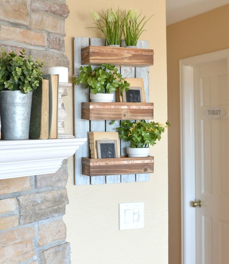 DIY Wooden Wall Planter. Simple farmhouse style project that is perfect for spring.