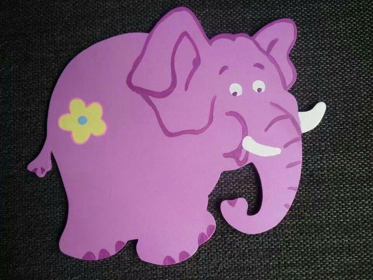 25 beste idee n over olifant decoraties op pinterest olifant kamer olifant kwekerij decor en - Deco schilderij slaapkamer jongen ...