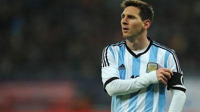 Coringão Da Depressão: Messi pede as chuteiras de Rodriguinho após o clás...