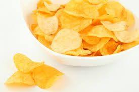 Aprenda a fazer batata chips no microondas - O microondas não serve só para esquentar comida.