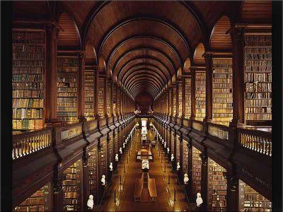 Biblioteca do Trinity College, Dublin – Irlanda