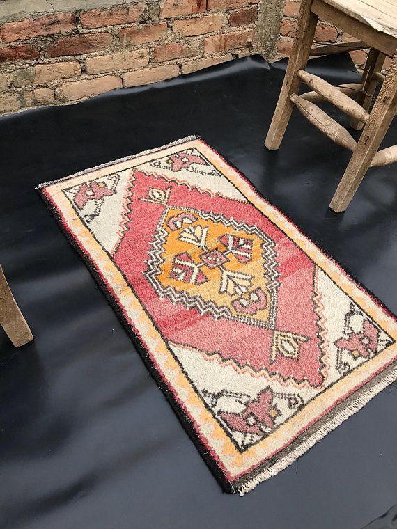 Small Vintage Rug Turkish Rug Area Rug Kilim Fabric With Images Vintage Rugs Turkish Rug Kilim Fabric
