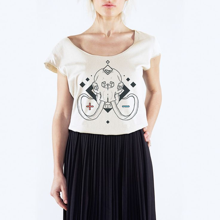 Marco Onam - Mammut Skull -T-Shirt Uneck - 24€