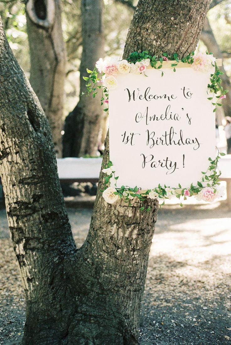 First birthday sign; http://www.stylemepretty.com/living/2015/07/08/organic-countryside-garden-first-birthday-party/ | Photography: Khanh Hogland - khanhhogland.com