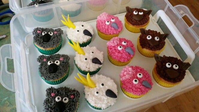 Australian animal cupcakes.