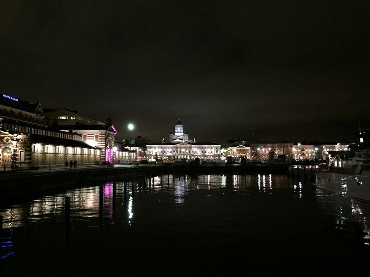 """Helsinki by night, """"Saluhallen"""", City Hall, """"Domkyrkan"""", """"Esplanaden"""""""