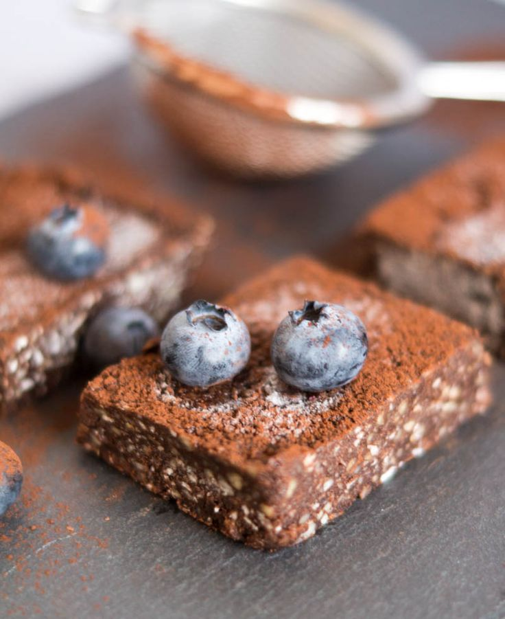 Raw Chocolate Brownies #vegan #raw