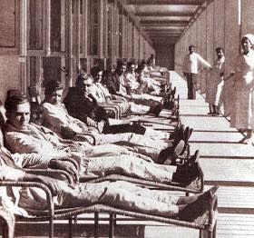 """Εξώστης αεροθεραπείας του νοσοκομείου """"σωτηρία"""" 1930. Φωτό: Αντώνη Ρασιδάκη"""