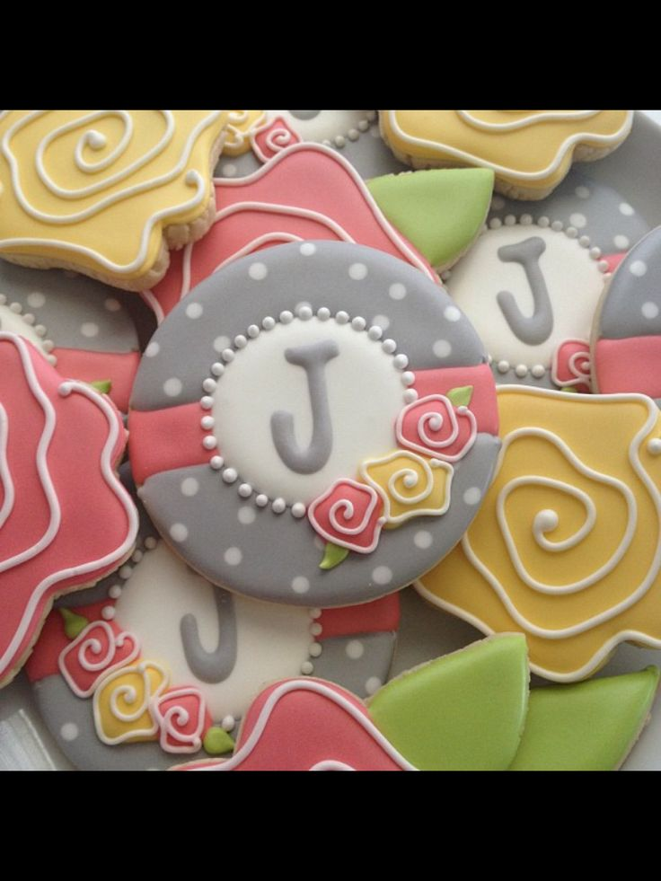 17 Best images about Monograms Decorated Cookies And cake ...