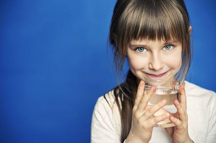 Criar a los niños en un uso responsable de agua - https://www.bezzia.com/criar-los-ninos-uso-responsable-agua/