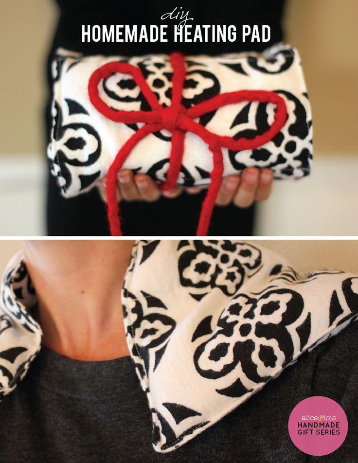 DIY Homemade Heating Pad ~ Handmade Gift Series -- @Melody Gee Gee Gee Gee Vicari-Warner, let's make these!