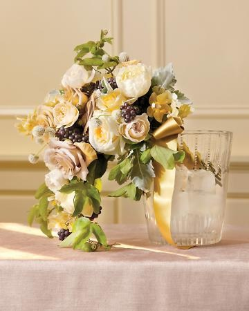 wedding flowers for less best 25 champagne wedding flowers ideas on 9582