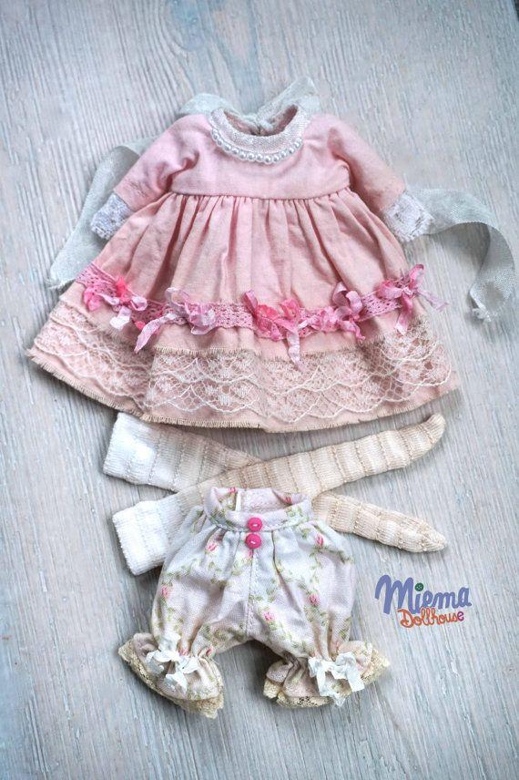 Cette tenue à la main de Miema Dollhouse en style vintage fille correspond à Blythe dolls, Licca, Azone et autres poupées avec la même poupée de