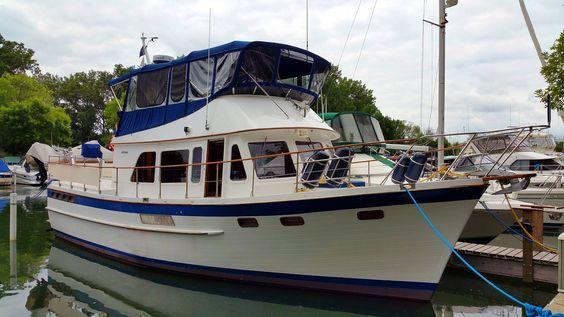 43 DeFever trawler for sale. See the movie, images, complete specifications and price for this DeFever 43 trawler for sale.