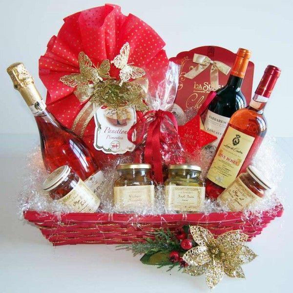 #Natale si avvicina affrettatevi a comprare il #regalo che rappresenta il meglio dell'#enogastronomia ItalianaIdea Regalo Cesto Natalizio