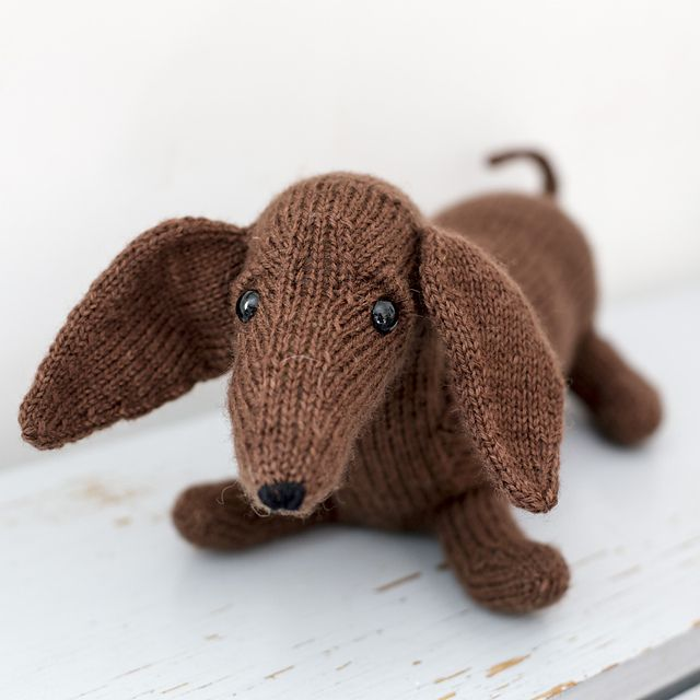 Knitting Pattern Toy Dog Free : 947 best Knitting toys images on Pinterest