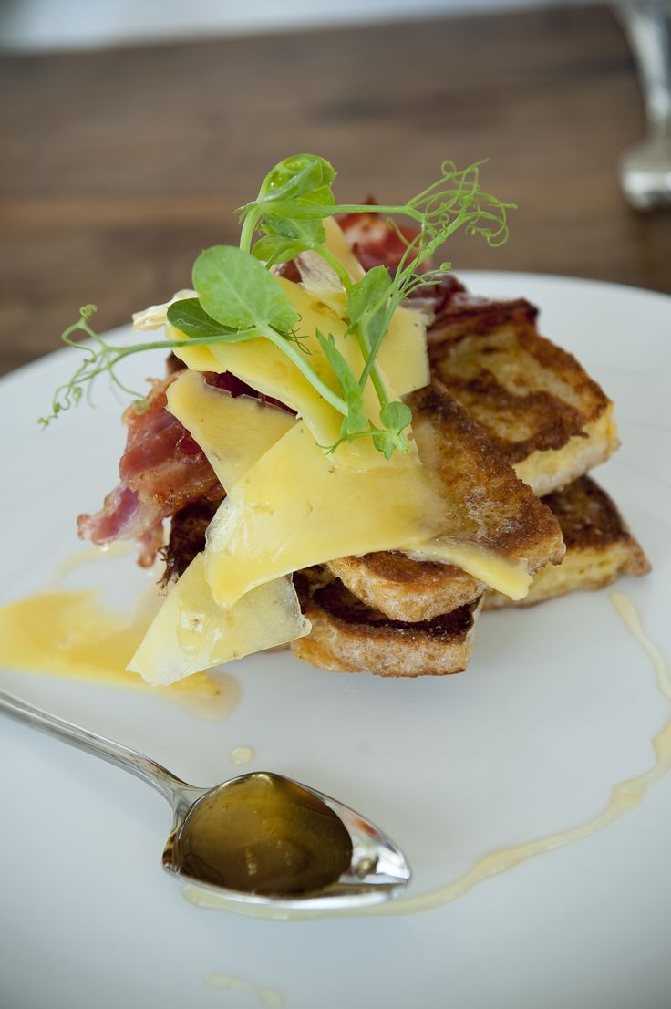 The menu changes seasonly and caters for breakfasts, lunches and dinners. #GourmetAfrica #Babylonstoren #foodie