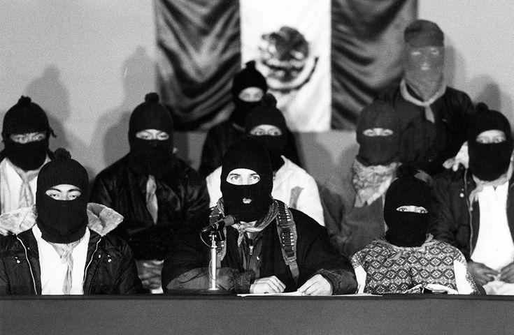 Generaciones armadas: 20 fotos representativas de los 20 años del movimiento zapatista | VICE México