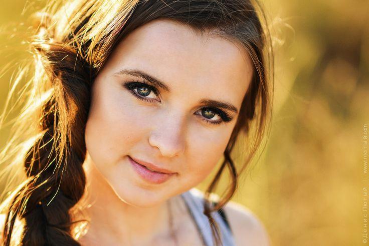 Beautiful Helen With Amazing Eyes by Denys Lyuty on 500px