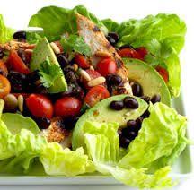 Renkli ve lezzetli sofralar için vitamin ve proteinli nefis bir salata Meksika Fasülyeli Yeşil Salata...http://www.mutfaknotlari.com/meksika-fasulyeli-yesil-salata-tarifi.html
