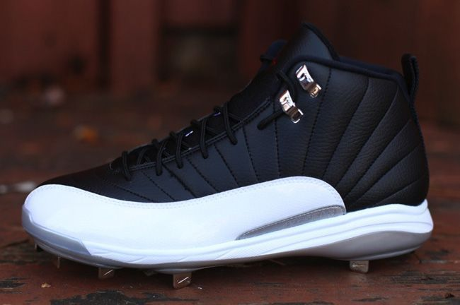 new product 2f357 0d7ce Air Jordan 12 Retro Metal Playoffs (Baseball Cleat)