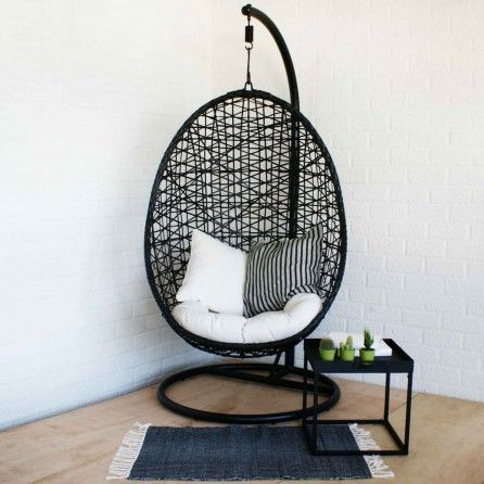Butik hangstoel zwart outdoor pinterest zwart for Sessel xenos