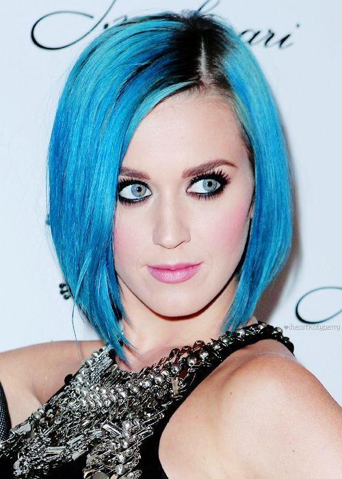 beautiful hair style pic katy perry in just the right amount of eyeliner and a 8172