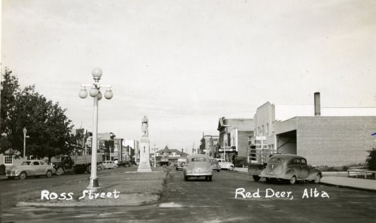 Photo shows Ross Street looking west in 1946.